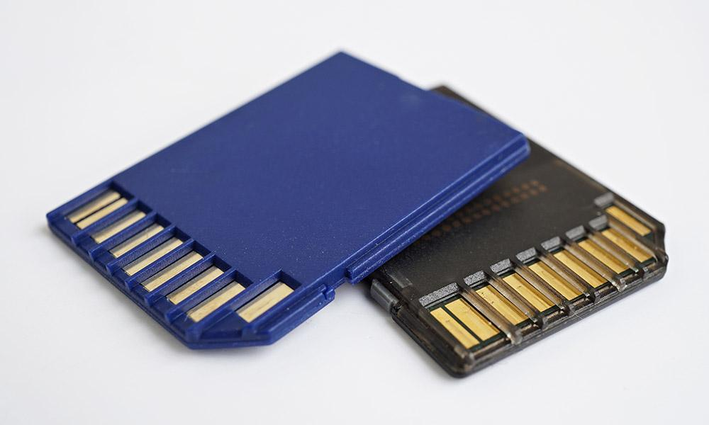 Gold plated memory card tabs