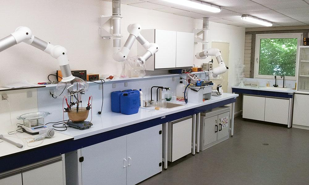 Analytical labs at Technic France